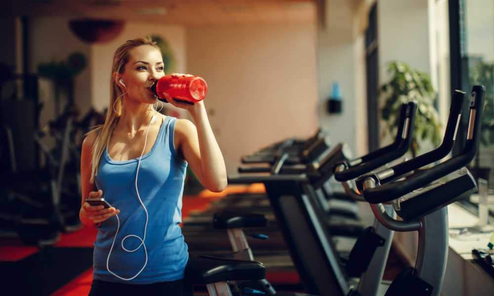 The 5 Best Water Bottles for the Gym (Reviewed)